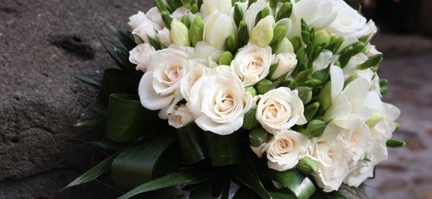 Bouquet di fiori per matrimonio e regali